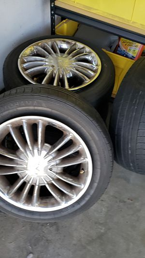 Rims and tires for Honda Accord for Sale in Riverside, CA