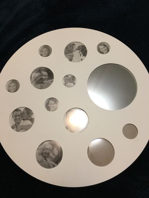 """New beautiful circle photo frame size 24"""" and one big circle mirror for Sale in Tulalip, WA"""