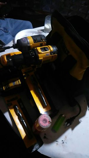 Dewalt drill set and other accessories Gail wise hat good deal one time only I want 170 but I'll take 150 today cuz I need to get rid of it 150 firm for Sale in San Bernardino, CA