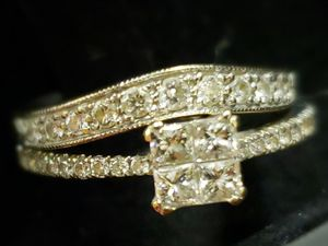 18k White gold diamond wedding set for Sale in Las Vegas, NV