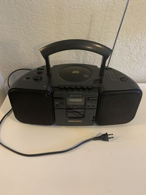 Sony. Radio AM/FM . CD. Tape. Headphones. Everything works! for Sale in Vancouver, WA