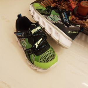 Boys Skechers Size 8 for Sale in Moreno Valley, CA