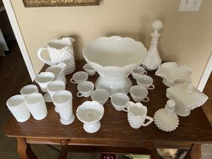 27 pieces of White Milk Glass (sold as a collection) for Sale in Phoenix, AZ