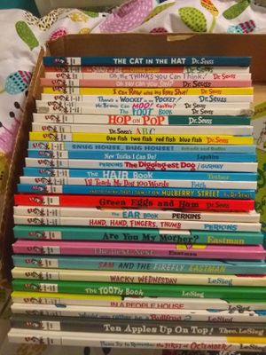 40 Cat in the Hat books All hardcover All in good shape See pics to see titles of books 100.00 firm must buy all won't separate for Sale in Glendale, AZ