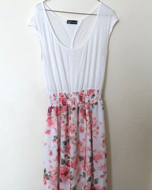 Women's floral maxi dress for Sale in San Jose, CA
