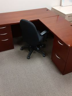 L Shaped Desk for Sale in Portland,  OR
