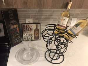 Cute Wine rack, decanter, wine art/decor, free wine for Sale in Gaithersburg, MD