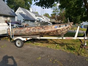 Boat with trailer ,motors and extras for Sale in Levittown, PA