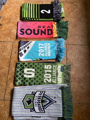 Sounder fc ( everything you see for $ 100 ) size Small for Sale in Lynnwood, WA