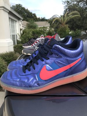 Nike size 10 for Sale in Valrico, FL