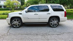 🍀I sell👍my🆕family🍀Suv $1,600🍀2008 Cadillac🍀 for Sale in Norfolk, VA