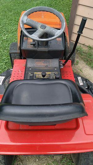 Yard tractor MTD 12.5 HP 42 inch cut for Sale in Taylor, MI