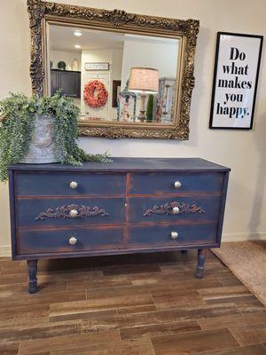 Blue dresser for Sale in Buckeye, AZ