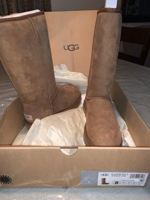Ugg boots for Sale in Lincoln Acres, CA