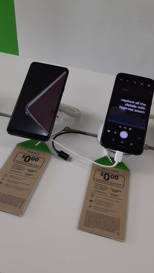Free phones when you switch to Cricket!) for Sale in San Angelo, TX