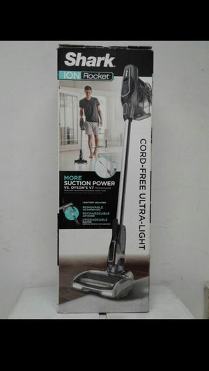 NEW SHARK ION ROCKET CORD FREE ULTRALIGHT VACCUM for Sale in Los Angeles, CA