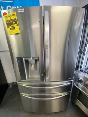 LG French Door 4 Door Stainless Steel Refrigerator for Sale in Long Beach, CA
