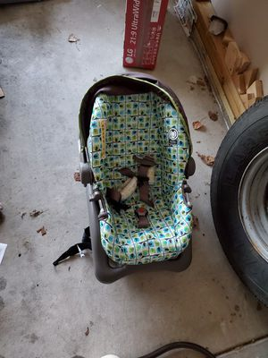 Car Seat for Sale in Wichita, KS