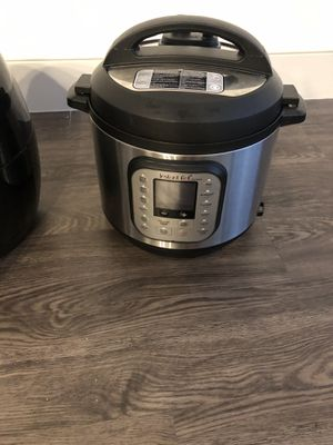 Instant pot for sale - lightly used for Sale in Washington, DC