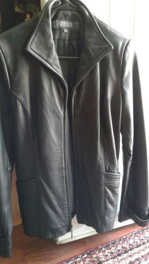 Kenneth Cole leather. New, size medium. for Sale in Kingsport, TN
