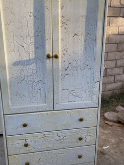 "Dresser 34.5"" W By 68"" H for Sale in Walnut,  CA"