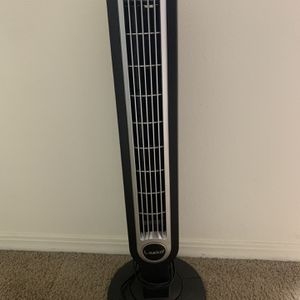 Lasko 36-in Oscillating Tower Fan for Sale in Gainesville, FL