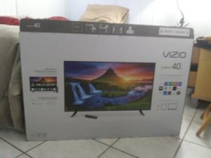 40 inch smart t.v Vizio. I am moving has to be gone by Thursday. Brand new still have the box. for Sale in Delray Beach, FL