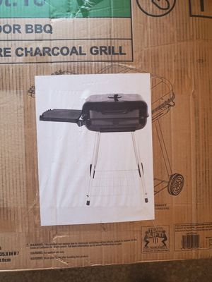 Charcoal grill for Sale in Osseo, WI