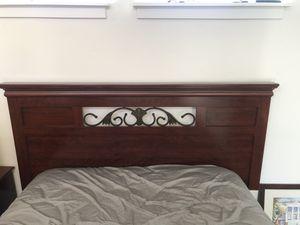 Ashley Furniture Bedroom Set (Queen/Full) for Sale in Santa Cruz, CA