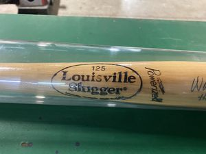 Wade Boggs Autographed Baseball Bat for Sale in Tyngsborough, MA