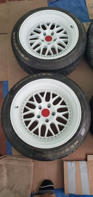 Rims 17x9.5. ESR honda civic en Buenas condiciones solo personas interesadas por favor for Sale in MONTGOMRY VLG, MD