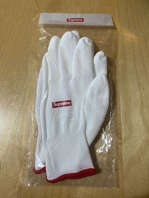 Supreme gloves and stickers for Sale in Pittsburg, CA