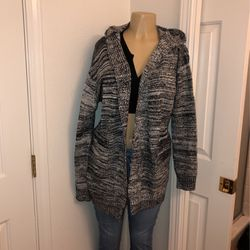 Women's Thick Cardigan Very Warm Size Large for Sale in Visalia,  CA