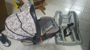 PORTABEBE / BABY CAR SEAT for Sale in Houston, TX