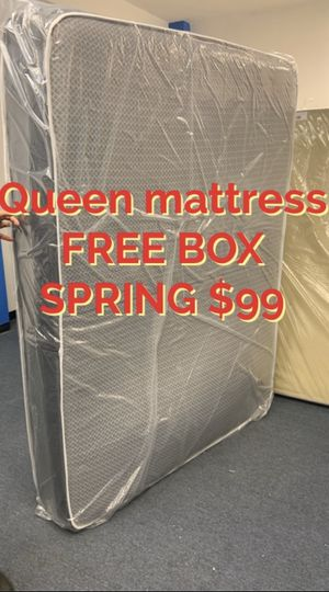 Queen mattress FREE BOX SPRING for Sale in Washington, DC