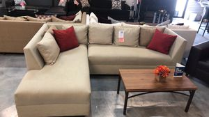 Beige 2PC Sectional 💥💥 for Sale in Miami, FL