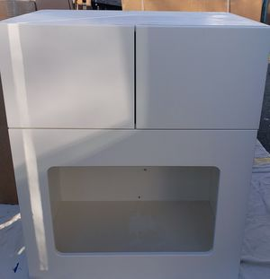 3-PIECE / LENNOX RTF Kitchen White Soft Close Hinge Cabinets for Sale in Tacoma, WA
