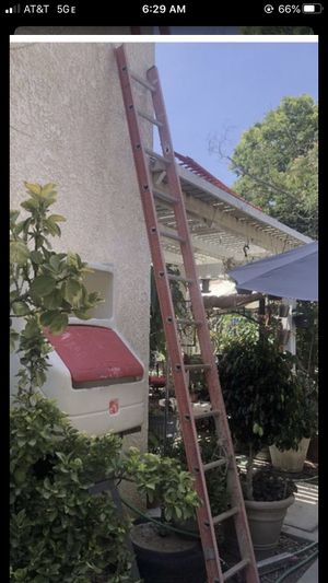 12ft ladder for Sale in Fontana, CA