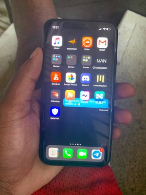 iPhone XR for Sale in Duluth, GA