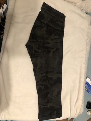 Lululemon Wunder under length 17 for Sale in Corona, CA