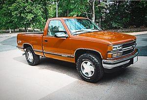 gruesome1998 Chevy Silverado for Sale in Austin, TX
