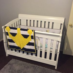 Crib for Sale in Temple City, CA