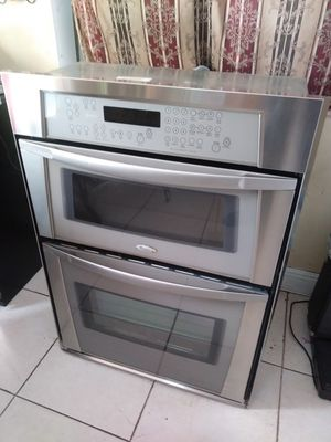 Whirlpool microwave oven combo for Sale in Miami, FL