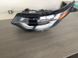 Land Rover headlight, left side, 2019 for Sale in Hialeah, FL