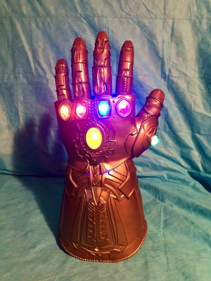 Marvel Avengers Thanos Infinity Gauntlet Replica for Sale in Springfield, VA