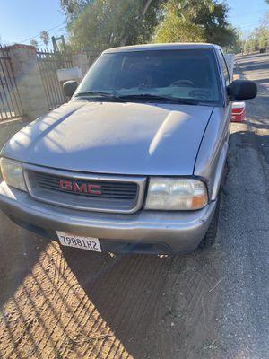 Gmc sonoma 2001 for Sale in Riverside, CA