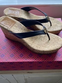 Tory Burch Black Suzy Wedges 6.5 for Sale in Fort Lauderdale,  FL