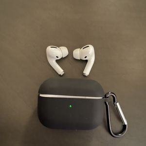 Apple AirPods Pro New Condition ($100) for Sale in Columbia, SC