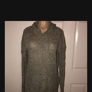 Women's Sweater Top Size Large for Sale in Visalia, CA