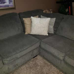 Newer 3pc Sectional Couch for Sale in Milpitas, CA
